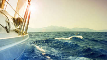 Укромные острова под парусами яхты
